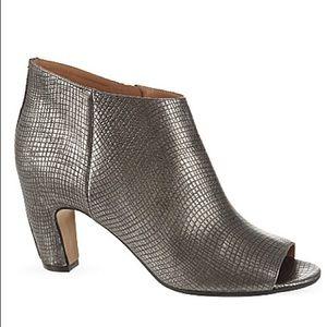 Maison Margiela NEW Snake-skin Embossed Ankle Boot